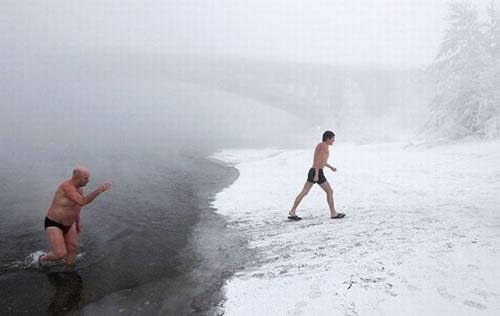 ロシア寒中水泳2