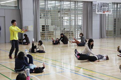 20130126沼小PTA事業「新校舎見学会&体操・運動教室」