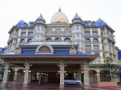 ディズニーランドホテルエントランス