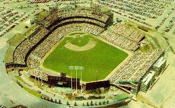 Metropolitan_Stadium_aerial.jpg