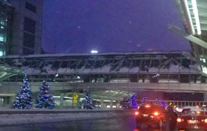 airport121610.jpg