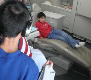 dentist0212101.jpg