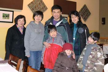 family1219101.jpg