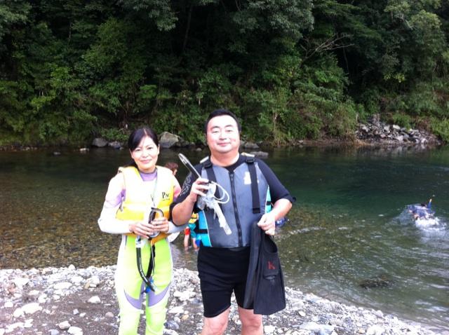 秘密の川でのシュノ―ケリング