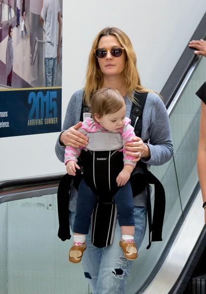 Drew+Barrymore+baby+Olive+smiles+7iUiL9dhjHwl.jpg
