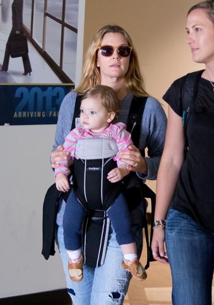 Drew+Barrymore+baby+Olive+smiles+Z1WcIHhBKPEl.jpg