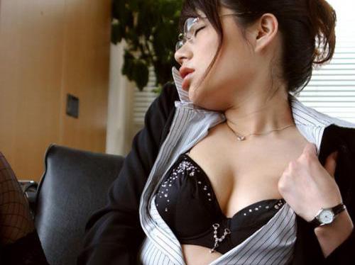 【三次】メガネっ娘のエッチな画像part3