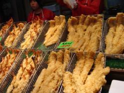 大あなごの天ぷらを買い食い