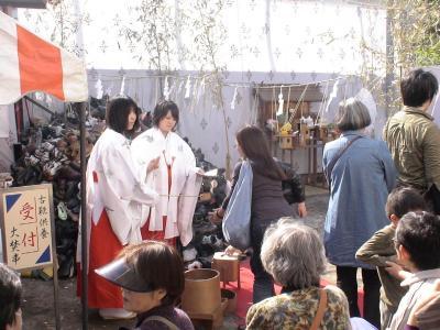 靴供養2(玉姫稲荷神社)