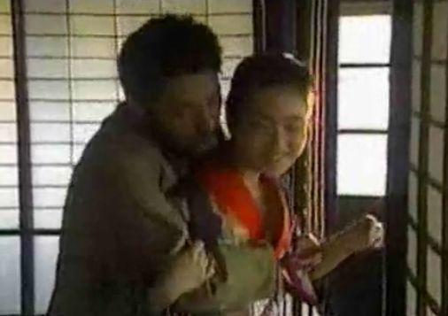 【若村麻由美】乳首を吸われる濡れ場