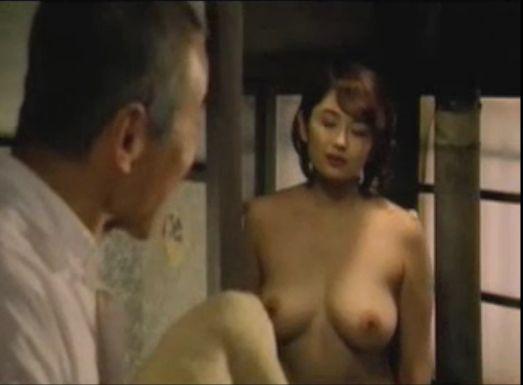 【小島聖】巨乳見せつけるヌードシーン