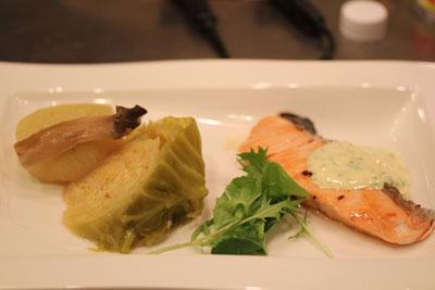 鮭のパセリソース 野菜の鶏スープテールスープ煮