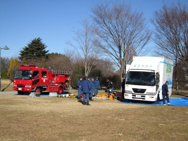20110130消防車・起振車