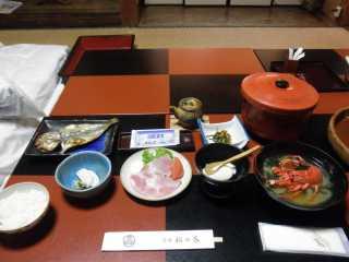 松の家・朝食