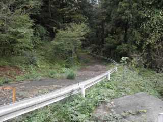 山梨県道33号・旧道の痕跡