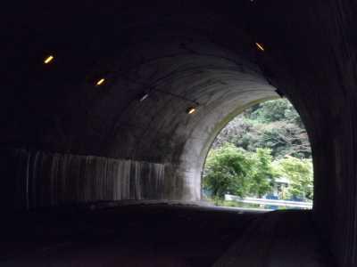 四方木トンネル・内部