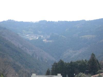 山の上の家