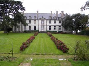 Chateau LOYAT 052