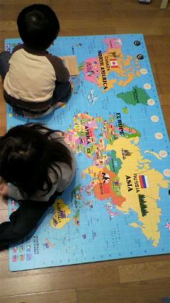 世界地図フロアマット