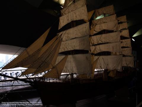 大桟橋の2階ロビーに展示してあった帆船の模型