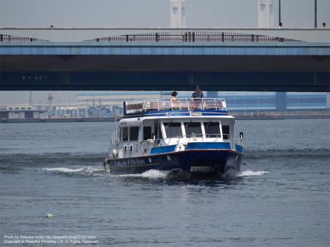 横浜港内クルーズ船「ゆめはま」