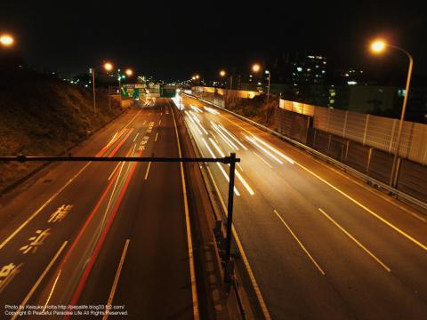 保土ヶ谷バイパス(国道16号)の夜景