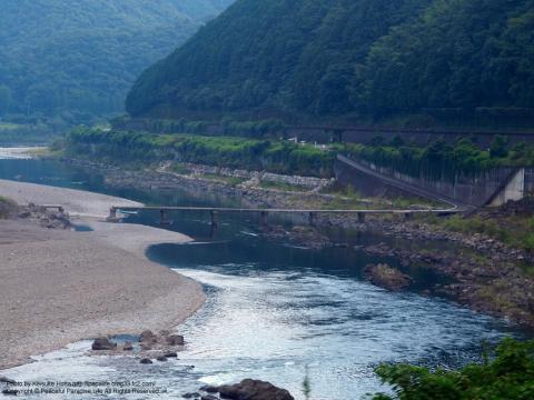 四万十川にかかる沈下橋