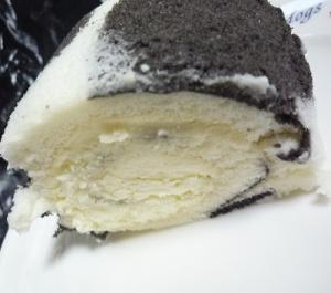 牧場のロールケーキ