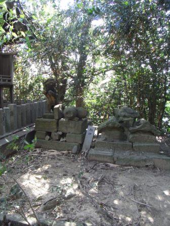 八剣神社本城6