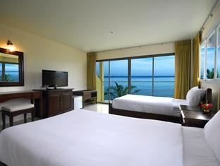 タイム アウト ホテル (Time Out Hotel)