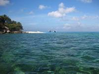 ナンユアン島 ビーチ 海