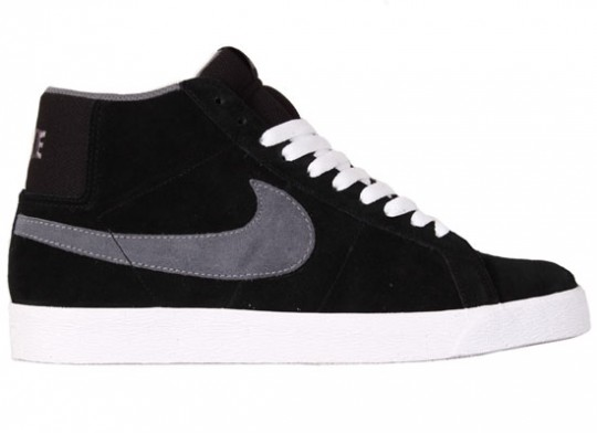 Nike-SB-April-2010-Releases-Dunk-Low-Blazer-Classic-SB-04-540x392.jpg