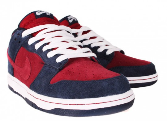 Nike-SB-April-2010-Releases-Dunk-Low-Blazer-Classic-SB-09-540x392.jpg