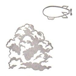 空のセット・入道雲飛行船