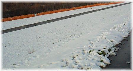 河川敷の雪