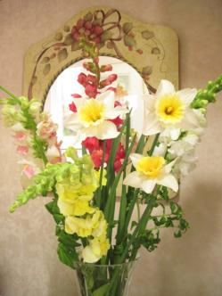 金魚草と水仙