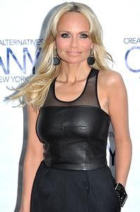 Kristin Chenoweth Out of PROMISES, PROMISES Tonight