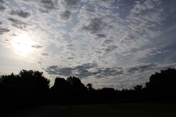 台風の影響でこんな雲ばかり見ましたね。