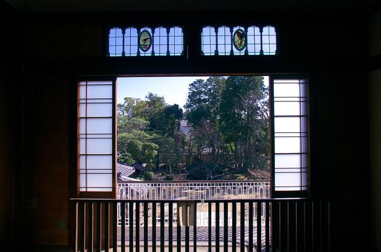 窓辺の光 二