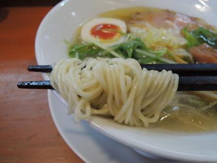 日香麺 清香(塩)の麺