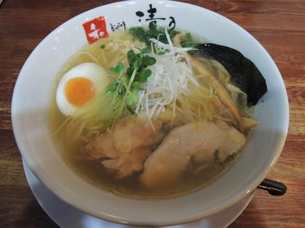 鶏そば塩(780円)