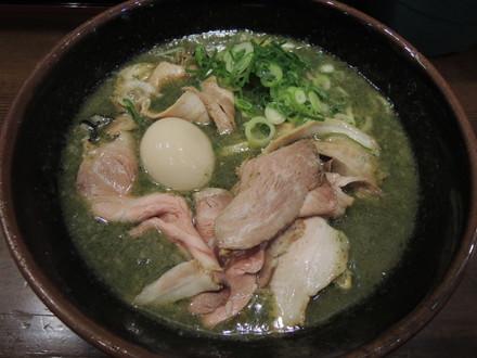 特大牡蠣とアオサ海苔の豚塩ラーメン(1260円)