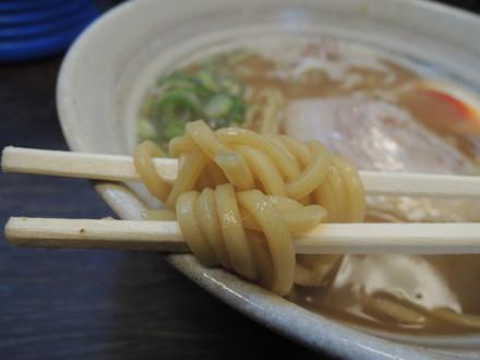 北海道みそラーメンの麺