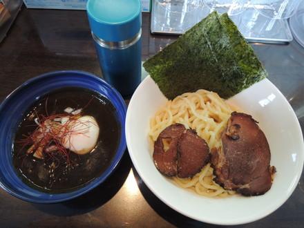 猪と蝦夷鹿の焼黒味噌つけ麺(1180円)