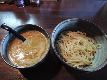 熟炊き鶏コク塩つけ麺(800円)