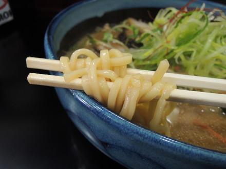 〇丈味噌の麺
