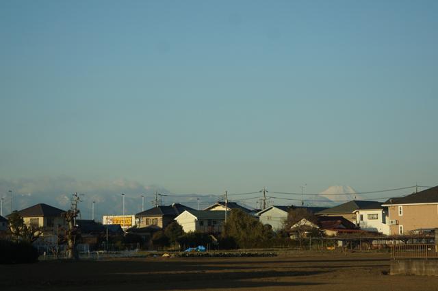 富士山と丹沢山系がよく見えた朝