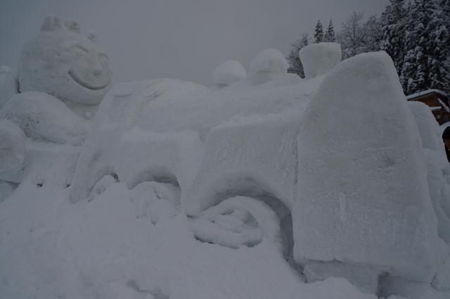 雪が積もってる~SL信濃川ロマン号