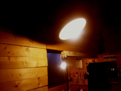 笠松電機製251と91、297と91に昔マツダランプといった現東芝の電球をつけたところ