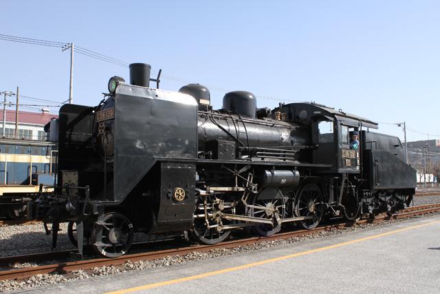 C56 139 神奈川臨海鉄道の帽子をかぶって